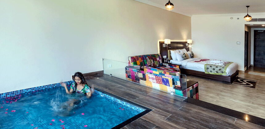 Super Deluxe Room With plunge pool